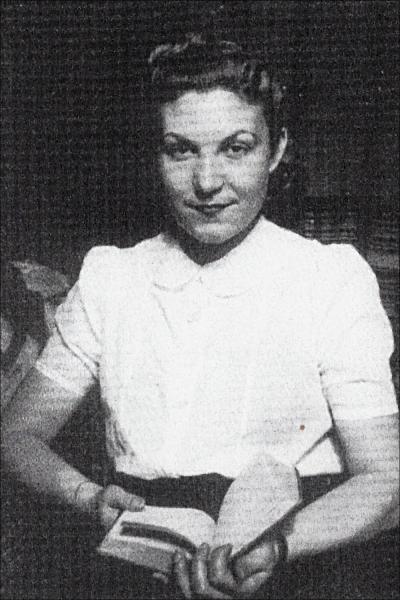 Maria Salvo jeune